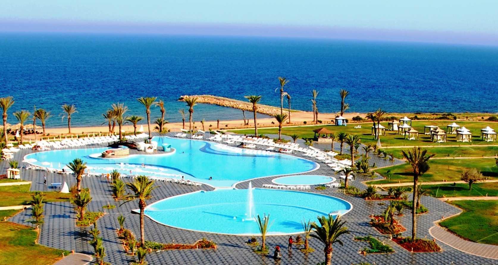 Noahs ark deluxe hotel casino cyprus commerce casino poker tournament review